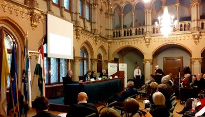 Tanácskozás a magyarság jogvédelméről