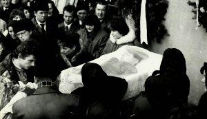 Müller László temetése 1989 karácsonyának ünnepén