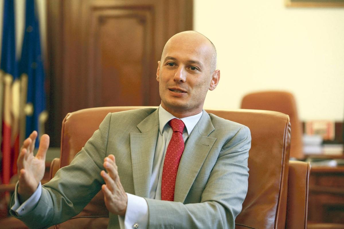 Hét év letöltendő börtönbüntetésre ítélték Bogdan Olteanut