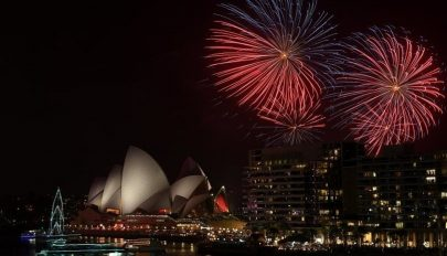 Világszerte tűzijátékkal lépnek át 2020-ba