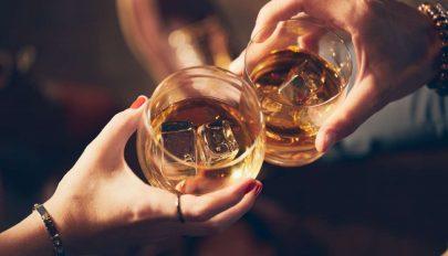 Az ital az még megy…