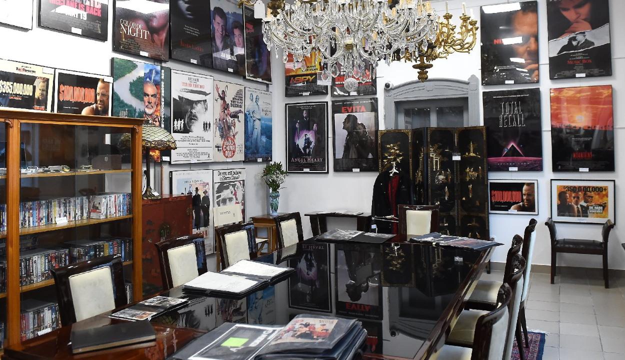 Elárverezték Andy Vajna gyűjteményét Budapesten