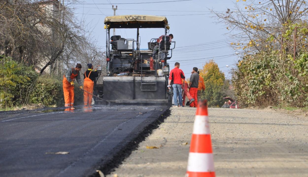 A helyi hatóságok átvehetik a közúti infrastruktúrát érintő helyi érdekeltségű projekteket