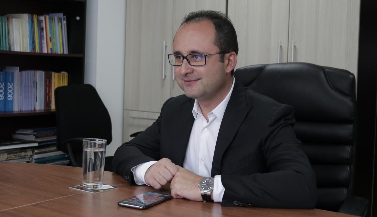 Liberális képviselőt választottak az EP Ipari, Kutatási és Energiaügyi Bizottságának elnökévé