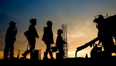 Románia jövőre 30 ezer külföldinek ad munkavállalási engedélyt