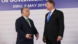 Klaus Iohannis megköszönte Orbán Viktornak a koronavírusos betegek ellátásában nyújtott segítséget
