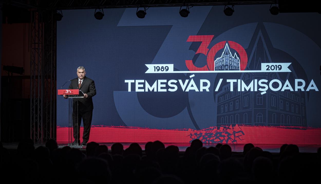 Orbán Viktor Temesváron: készen állunk egy új Közép-Európa felépítésére