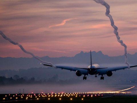 Repülővel fogják hazaszállítani az Olaszországban idénymunkát végző román állampolgárokat