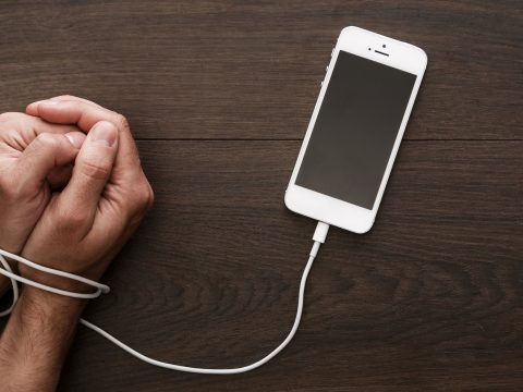 Mobilfüggő? Ezek az alkalmazások segíthetnek