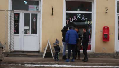 Egyre kevesebb a magyar