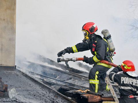 Bennégett egy személy egy tűz pusztította kézdiszentléleki házban