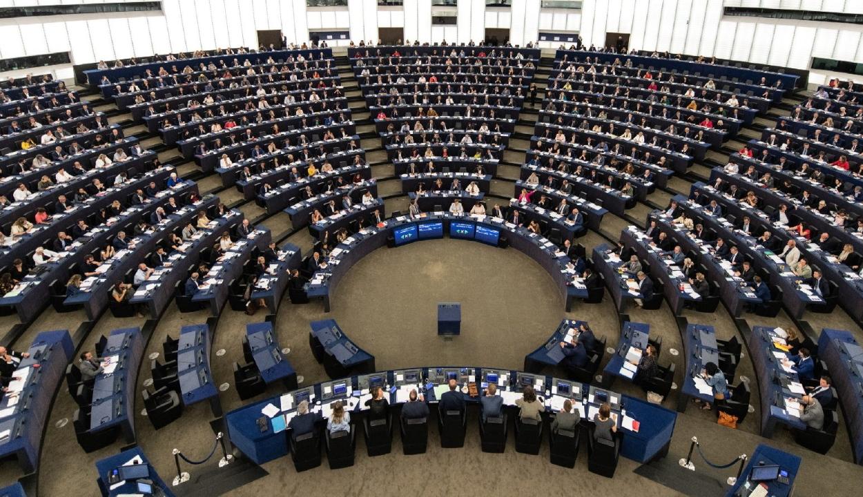 Az EP jóváhagyta az európai polgári kezdeményezések határidejének meghosszabbítását