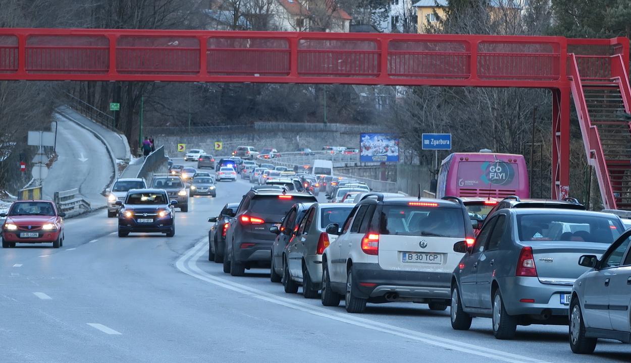 Már nagy a forgalom a Prahova völgyében