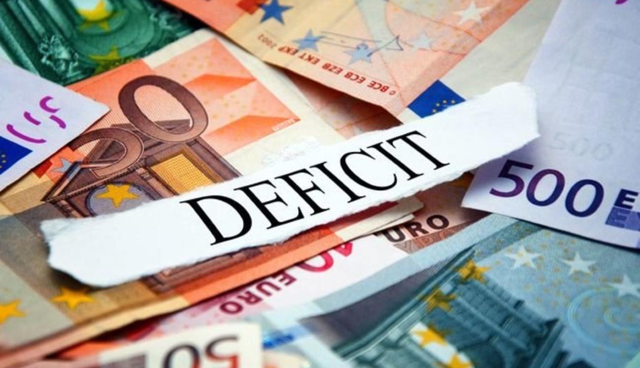 Kilenc hónap után 6,36 százalékra nőtt a GDP-arányos költségvetési deficit