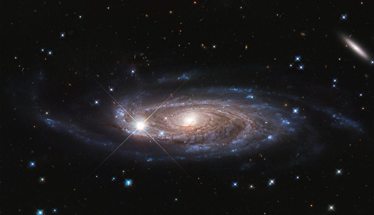 A legnagyobb ismert galaxist fényképezte le a Hubble űrteleszkóp