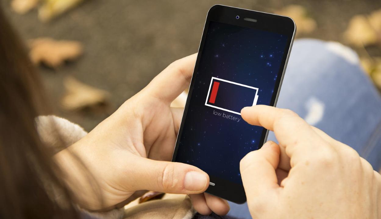 Öt napig bírnák a mobilok az új típusú akkumulátorral
