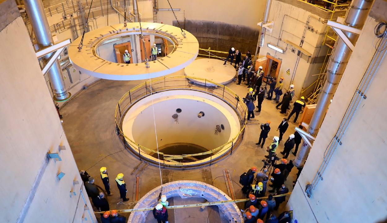 Irán nem korlátozza többé atomprogramját, újrakezdik az urándúsítást