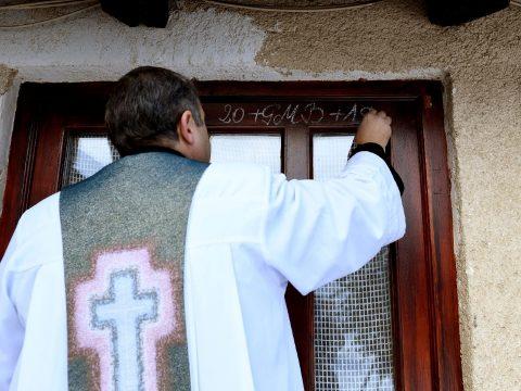 Vízkereszt nálunk lezárja, az ortodox világban megnyitja a karácsonyi ünnepkört