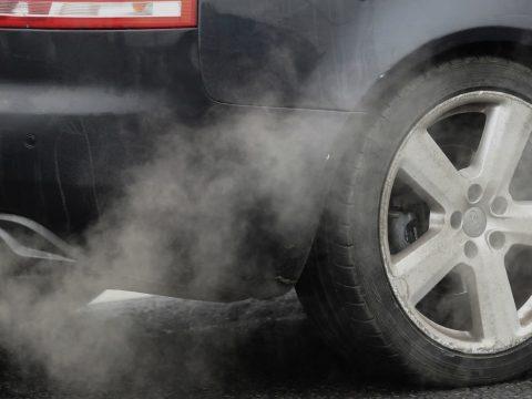2035-től megtiltják az új benzin- és dízelüzemű autók értékesítését Nagy-Britanniában