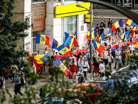 Betiltották a székelyföldi románok vasárnapra tervezett bukaresti tüntetését