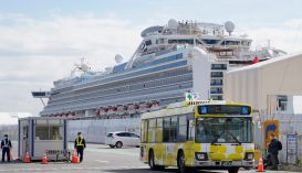 Hazatért a Diamond Princess tengerjárón tartózkodó hat román állampolgár