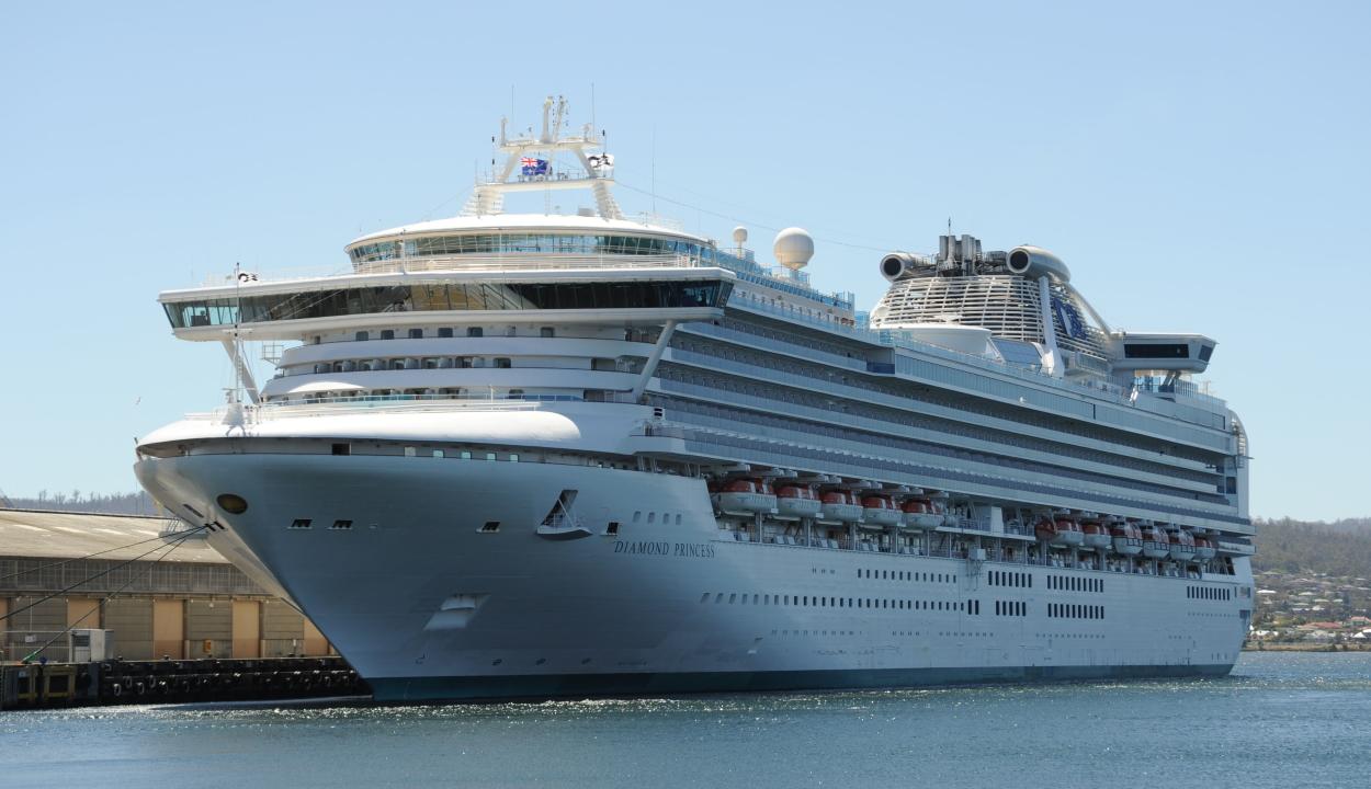 Nem mutatták ki a koronavírust a Diamond Princess hajón tartózkodó többi román állampolgárnál