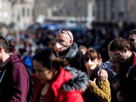 WHO: még nincs koronavírus pandémia, de fel kell rá készülni