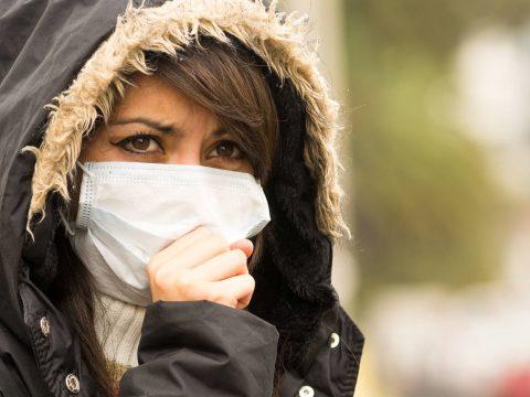 Öt-hat millió egészségügyi maszk érkezik jövő héten Romániába