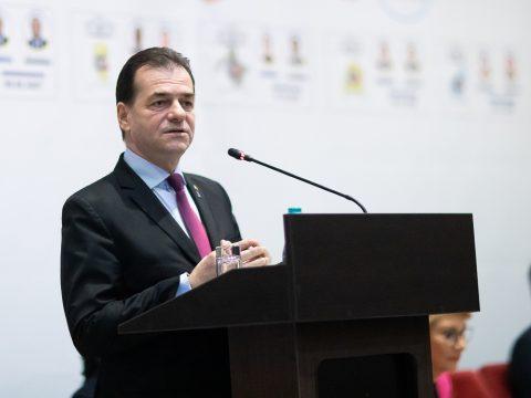 Orban: a helyi hatóságok nem oldhatják fel a katonai rendeletekben meghozott intézkedéseket