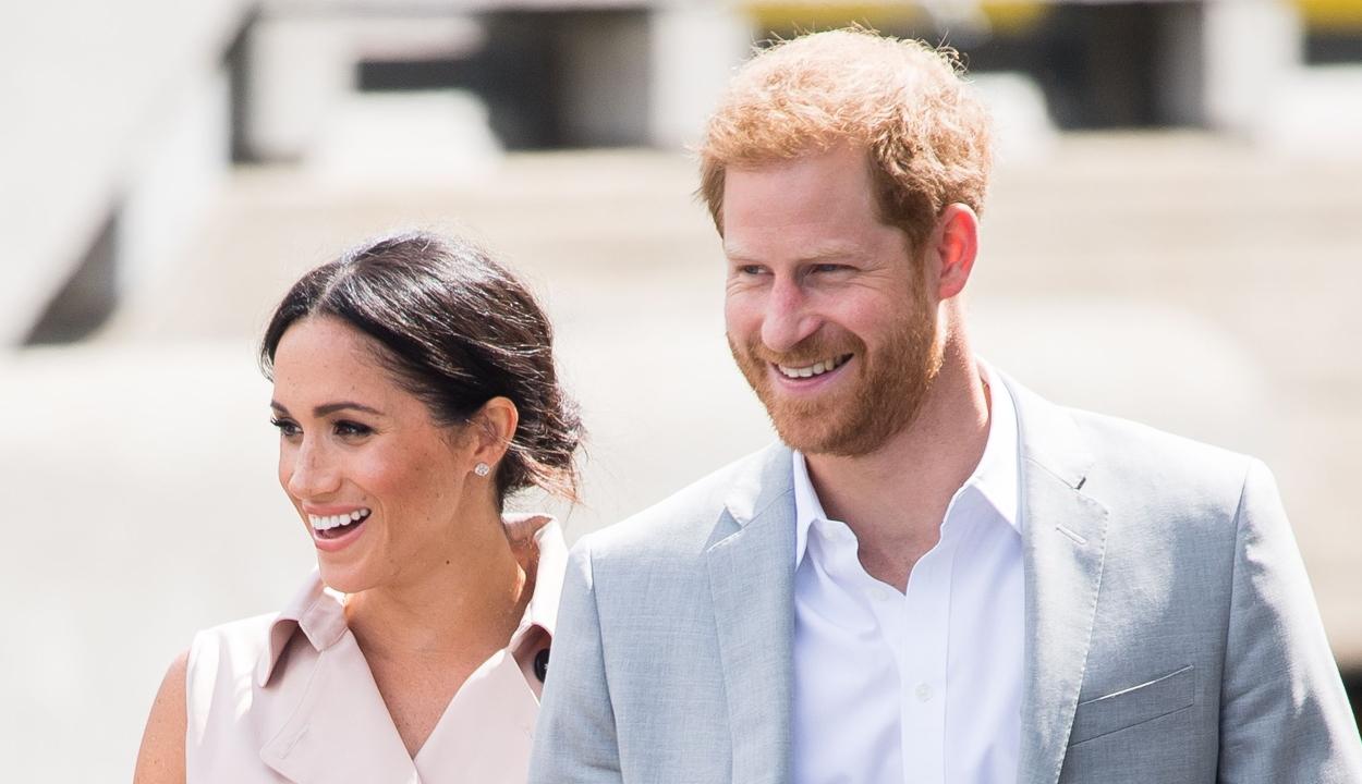 """Megvonná a királynő a """"királyi"""" szó használati jogát Harrytől és Meghantól"""