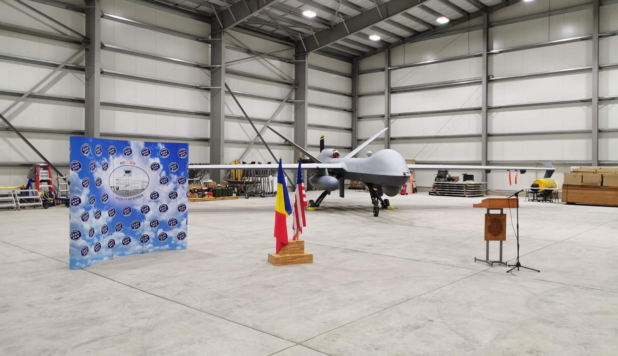 Bemutatták az aranyosgyéresi román-amerikai hadgyakorlaton részt vevő amerikai drónt