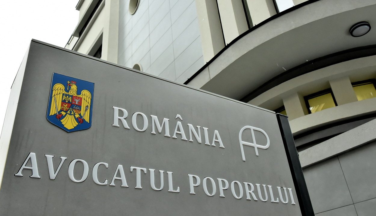 Ombudsman: túlzó és törvénytelen negatív koronavírus-teszthez kötni a munkába való visszaállást