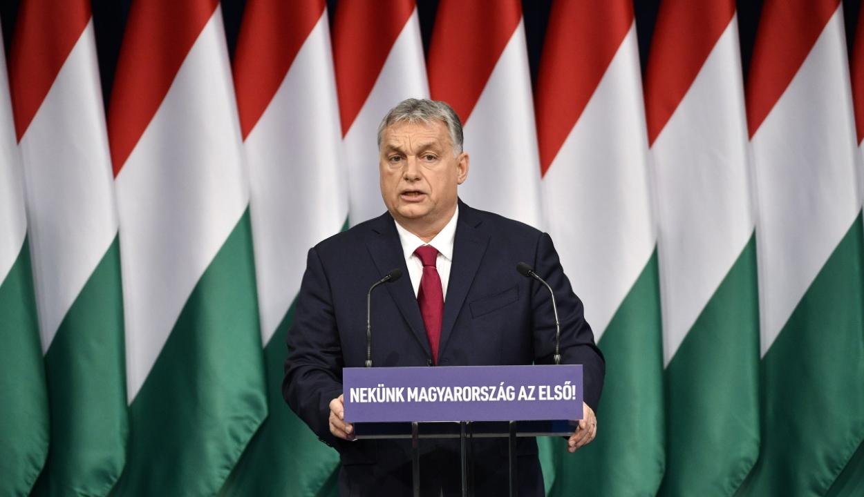 Orbán Viktor évértékelője: Magyarország mindenek előtt