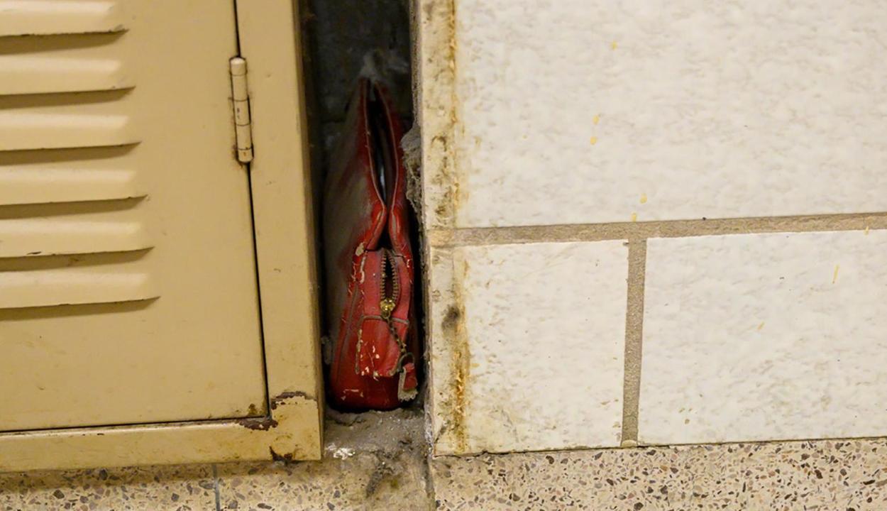 Egy 1957-ben elhagyott pénztárcát találtak egy ohiói iskolában