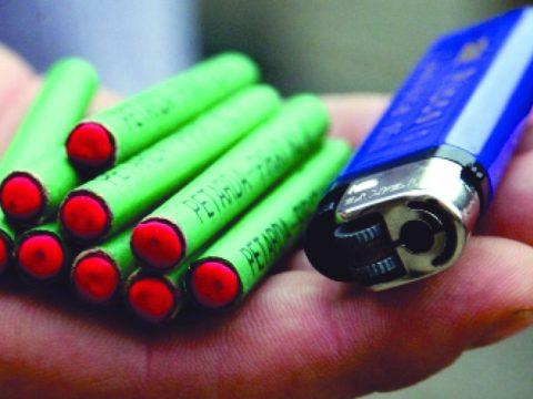 A petárdák használatát korlátozó törvénytervezetet terjesztett be egy független képviselő