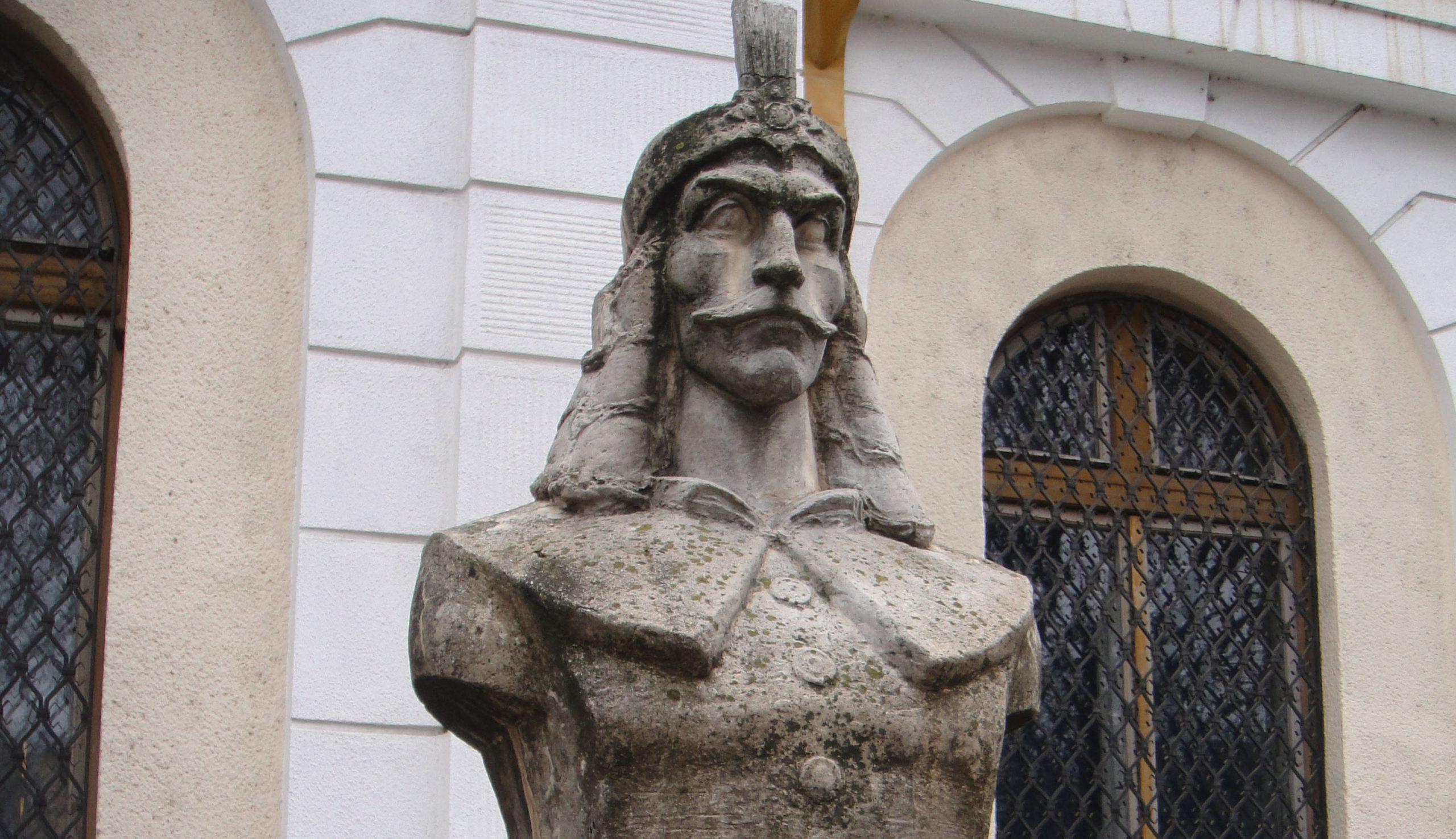 Drakula fészke Erdélyben (3.) – II. fejezet: A Vladok klánja (1.)