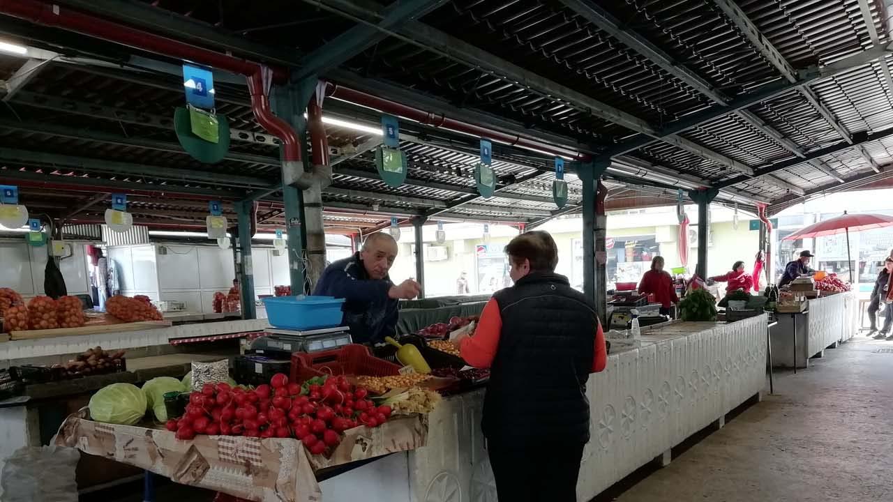 Katonai rendelet fog intézkedni a kistermelői piacok újranyitásáról