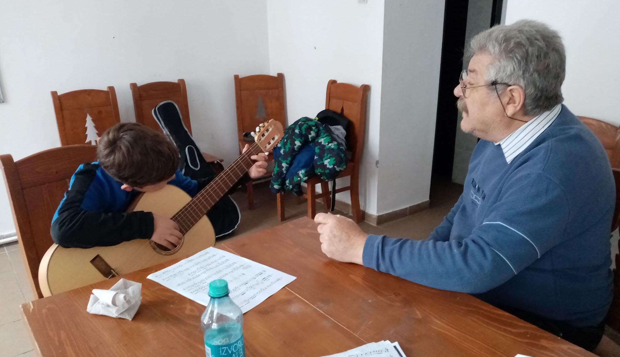 Igény van a gitároktatásra