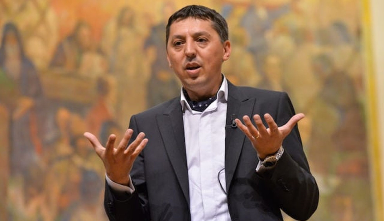 Daniel David pszichológust választották a Babeș-Bolyai Tudományegyetem rektorává