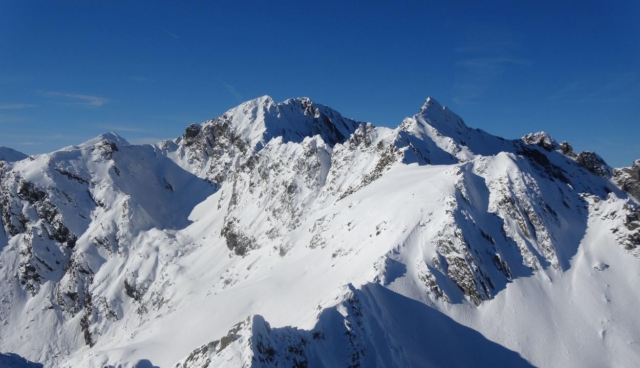 Nagy a lavinaveszély a Fogarasi-havasokban