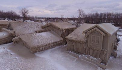 Jégpáncélba burkolt egy amerikai várost a vihar