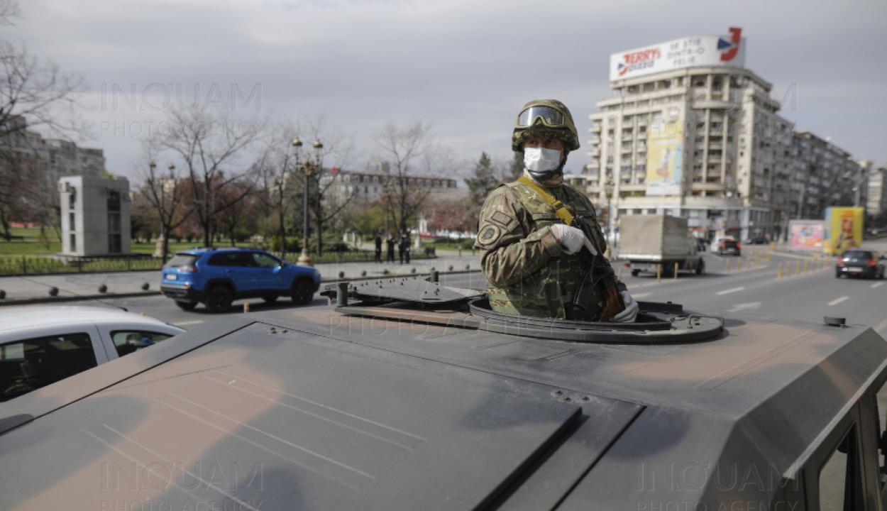 Életbe lépett a kijárási tilalom, a katonaság is megjelent az utcákon