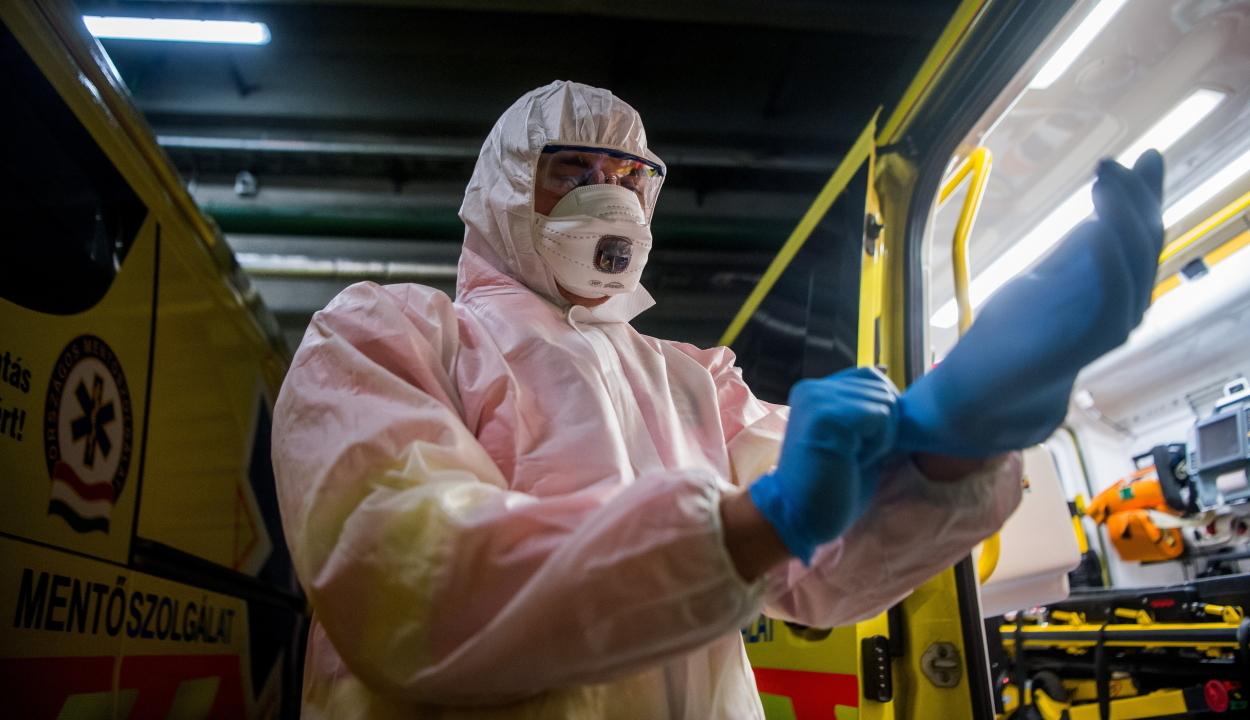 808 új koronavírusos megbetegedést jelentettek az elmúlt 24 órában