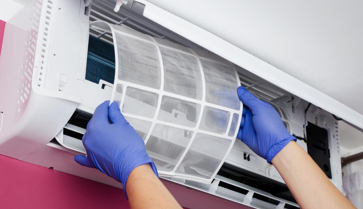 Kormány: nem terjed a koronavírus szellőző vagy légkondicionáló berendezéseken keresztül