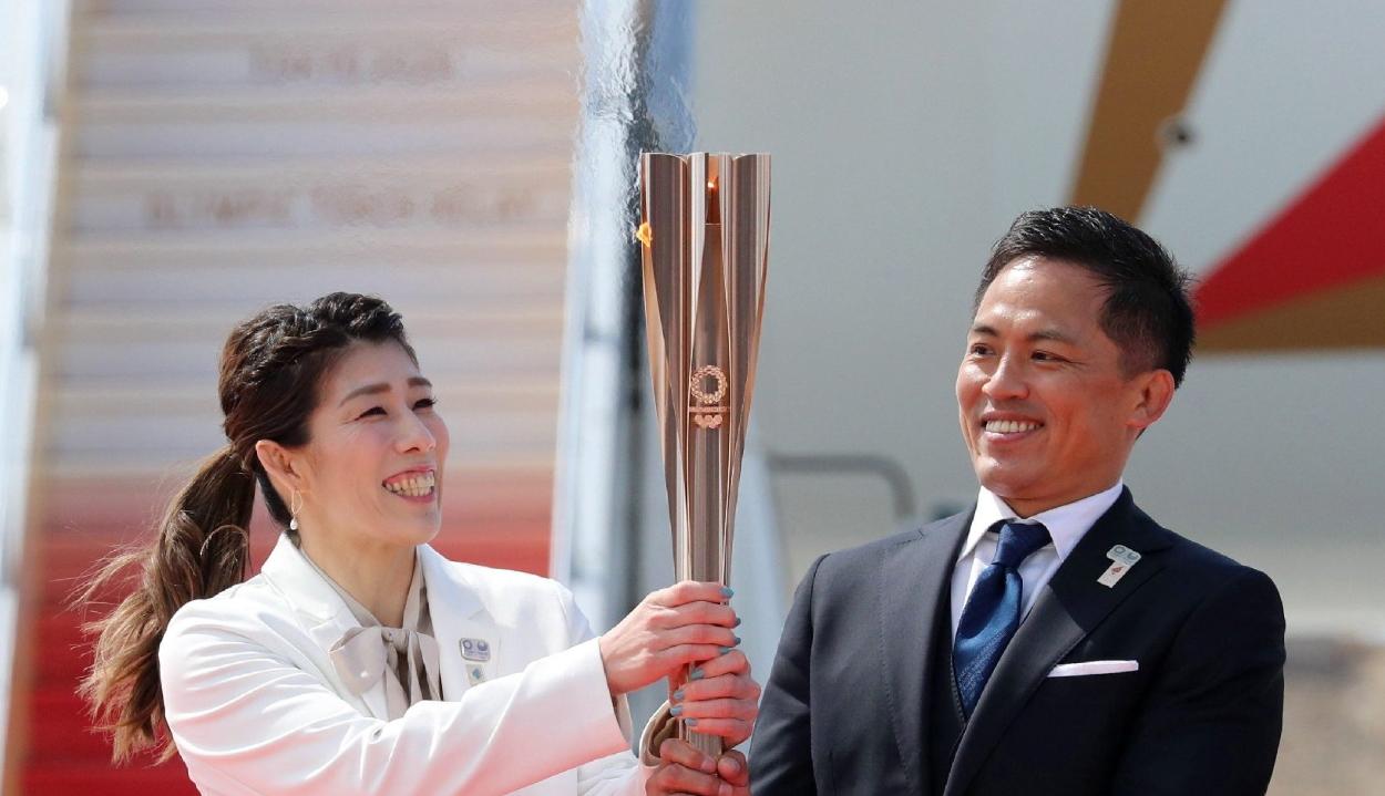 Megérkezett Japánba az olimpiai láng