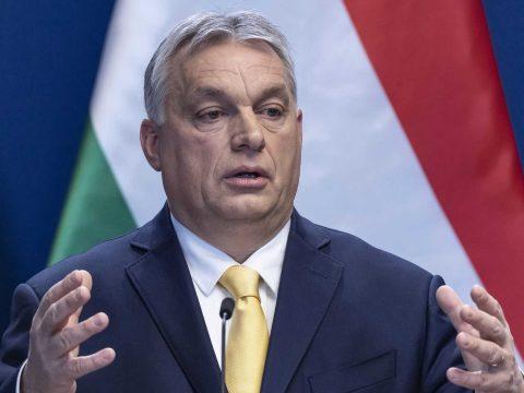 Felfüggesztik a hitelek tőke- és kamatfizetési kötelezettségét Magyarországon
