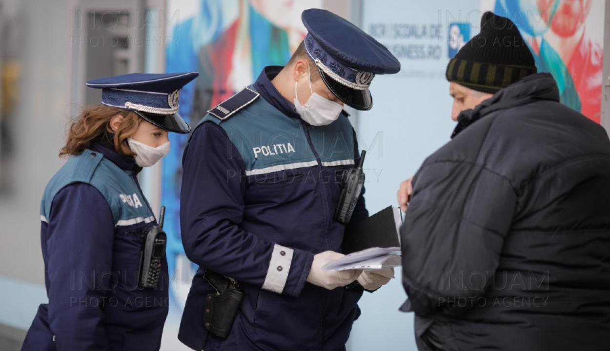Több mint 5600 személyt büntettek meg a rendőrök a kijárási tilalom be nem tartása miatt