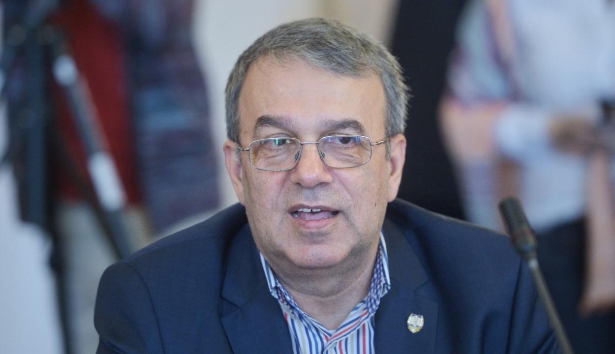 Eljárás indult a koronavírussal fertőzött liberális szenátor ügyében