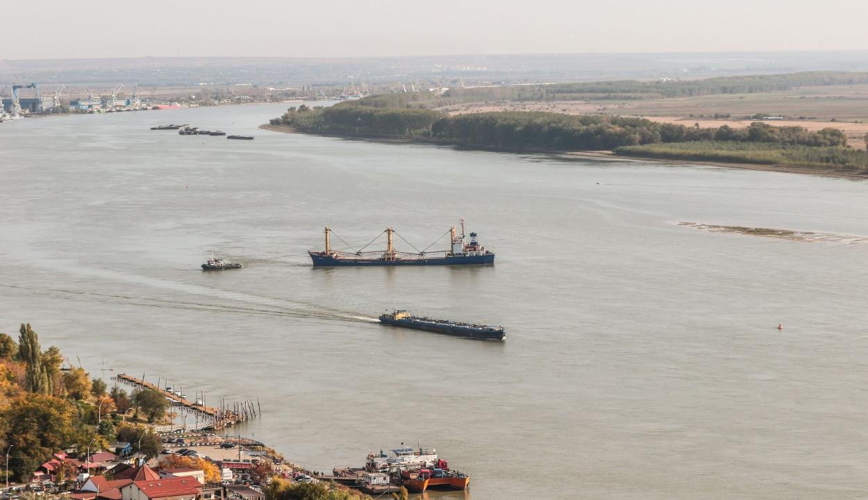 A Dunába borult egy migránsokat szállító csónak a szerb-román határon, többen eltűntek