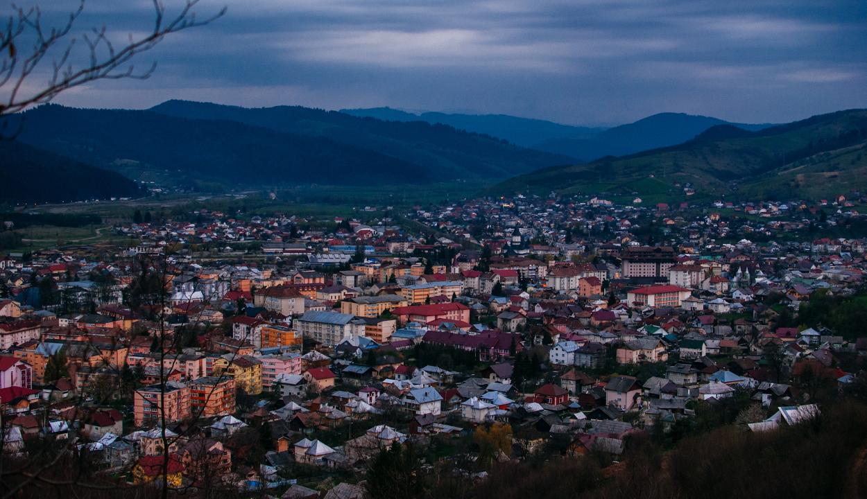 Az első romániai város, amely önként elszigetelte magát
